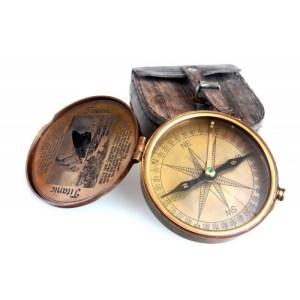 Kompas – TITANIC
