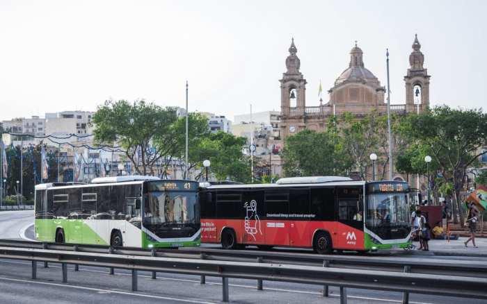 autobusy-malta