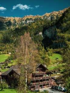 lauterbrunnen-widok-na-wioske