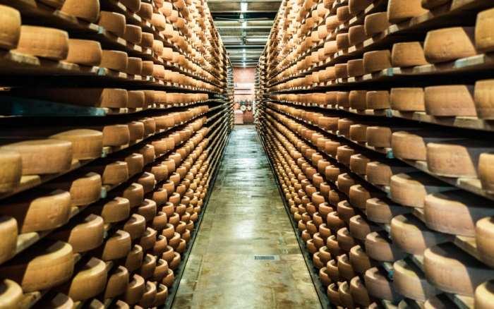 atrakcje-szwajcarii-muzeum-sera-gruyere