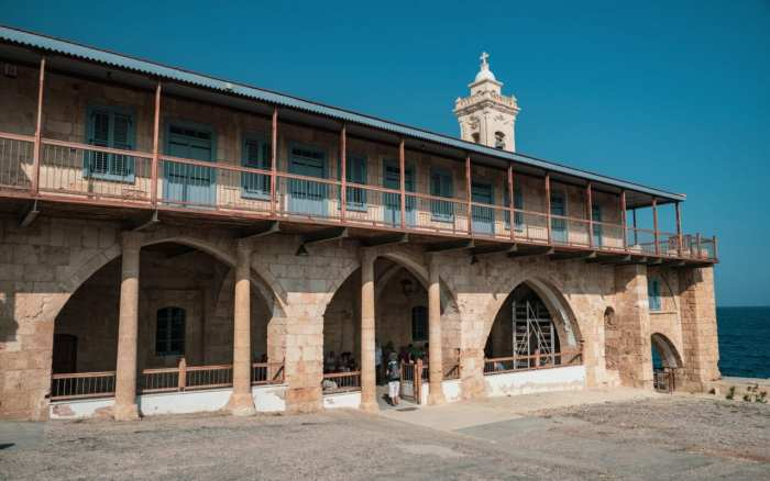 karpaz-monaster