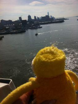 Die ersten Tage in New York hab ich auf der Kabine verbracht, Jetlag ist nicht so meins. Das Auslaufen hab ich mir dann aber angeschaut