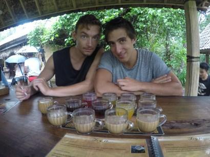 free tea and coffee at the luwak farm