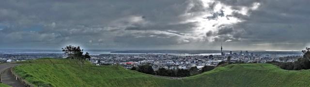 Blick auf Auckland vom Mt. Eden