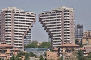Hochhaus in Eriwan, Armenien