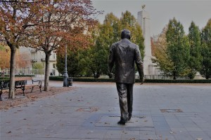 Ronald Regan Statue Budapest