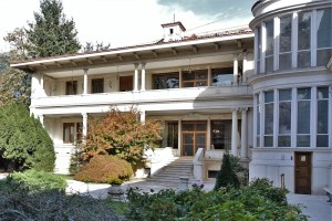 Ceausescu Villa in Bukarest