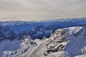 Blick auf die Alpen von der Zugspitze, Deutschland