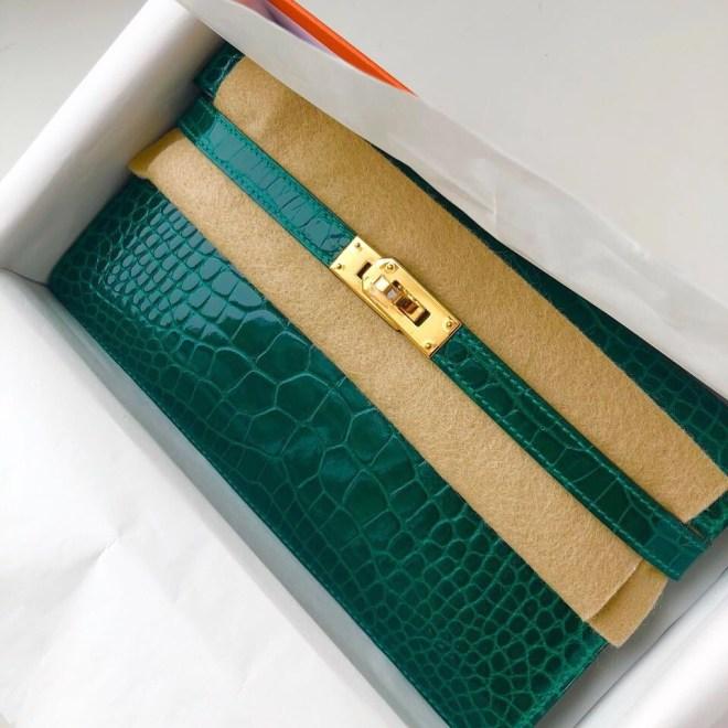 Hermes kelly wallet Vert Emerald GHW.JPG