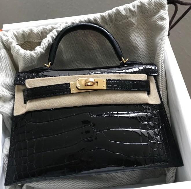 Hermes kelly 20 Black shiny croc GHW.jpg