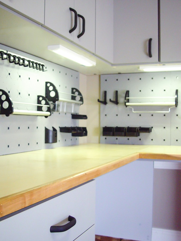 storage cabinets for garage