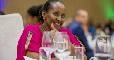 Ese kuki Jeannette Kagame atakigaragara mu mihango myinshi nka mbere?