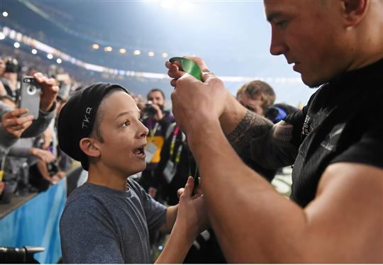 Sonny Bill Williams Explains Why He Gifted His World Cup Medal To A Young Supporter