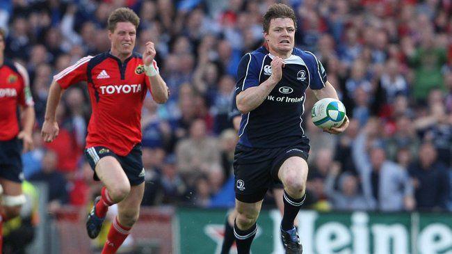 Brian O'Driscoll is chased by Ronan O'Gara 2/5/2009