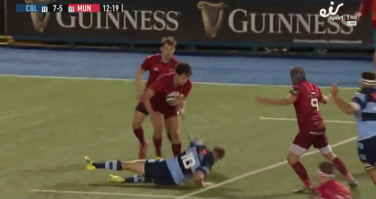 WATCH: Joey Carbery Turns It On With Incredible Break To Set Up Munster Try