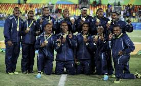 2016 Rio Olympics - Rugby - Men's Victory Ceremony - Deodoro Stadium - Rio de Janeiro, Brazil - 11/08/2016. Team Fiji pose for photos with their gold medals. REUTERS/Phil Noble