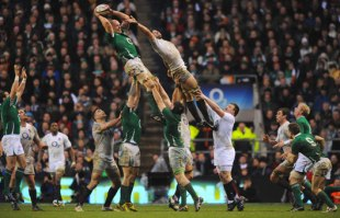 The-Rugby-Lineout