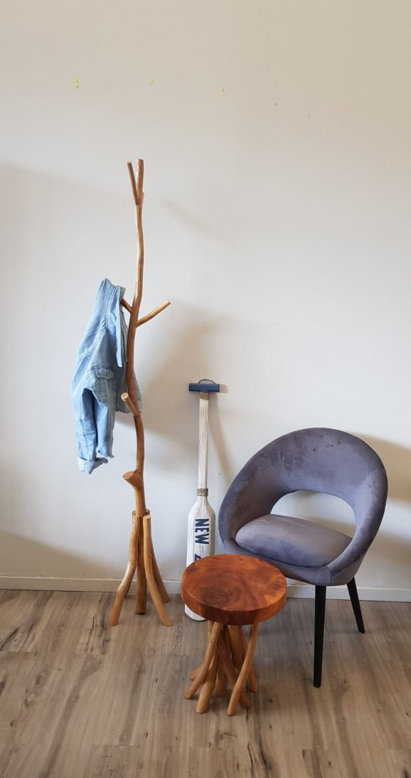 IN 02 Tree Wood Coat & Hat Stand Natural Wood
