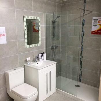 valencia-shower-room-1