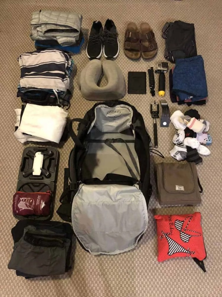 Travel Packing Hacks, how to pack a bag for traveling, how to pack a bag for europe, packing hacks for europe, packing hacks europe