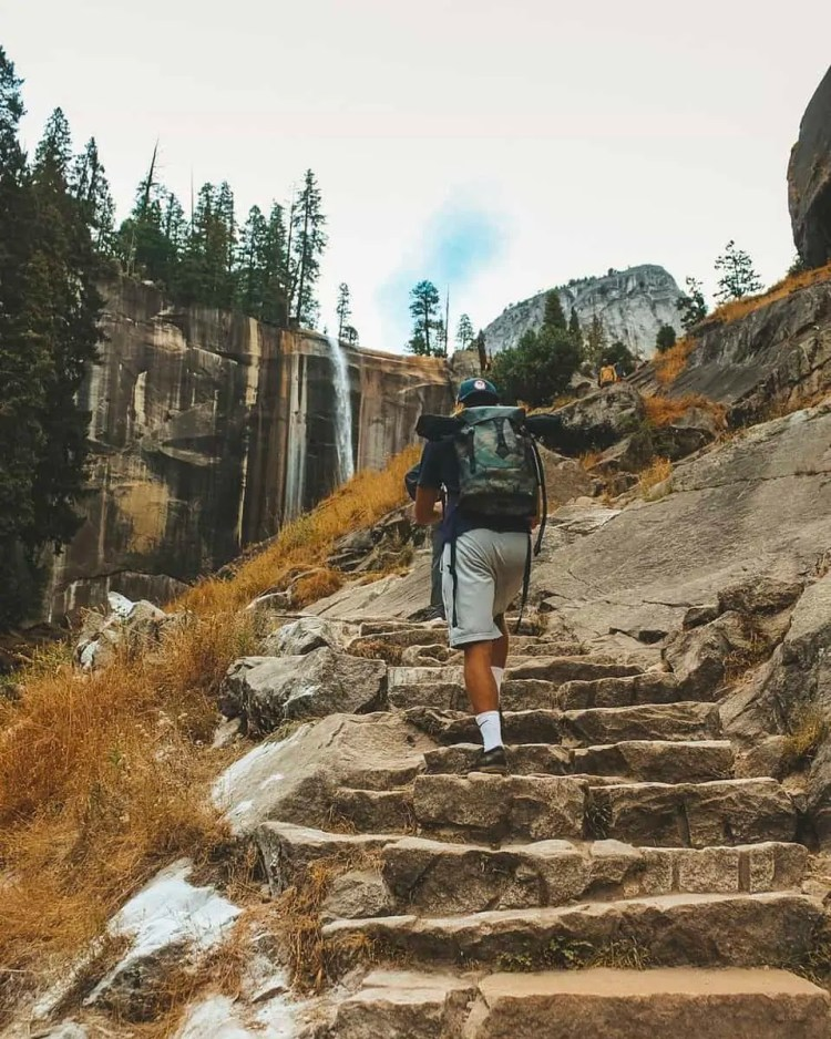 best hikes in yosemite, yosemite hiking trails, yosemite hikes, yosemite trails, yosemite national park trails, yosemite day hikes, yosemite valley hikes, free camping yosemite, mist trail, mist trail yosemite, glacier point yosemite, glacier point, sentinel dome, taft point, taft point yosemite, sentinel dome yosemite, el capitan valley, el capitan valley yosemite, camping in yosemite, free camping outside yosemite, sentinel dome taft point loop, lower yosemite falls trail, 2 days in yosemite