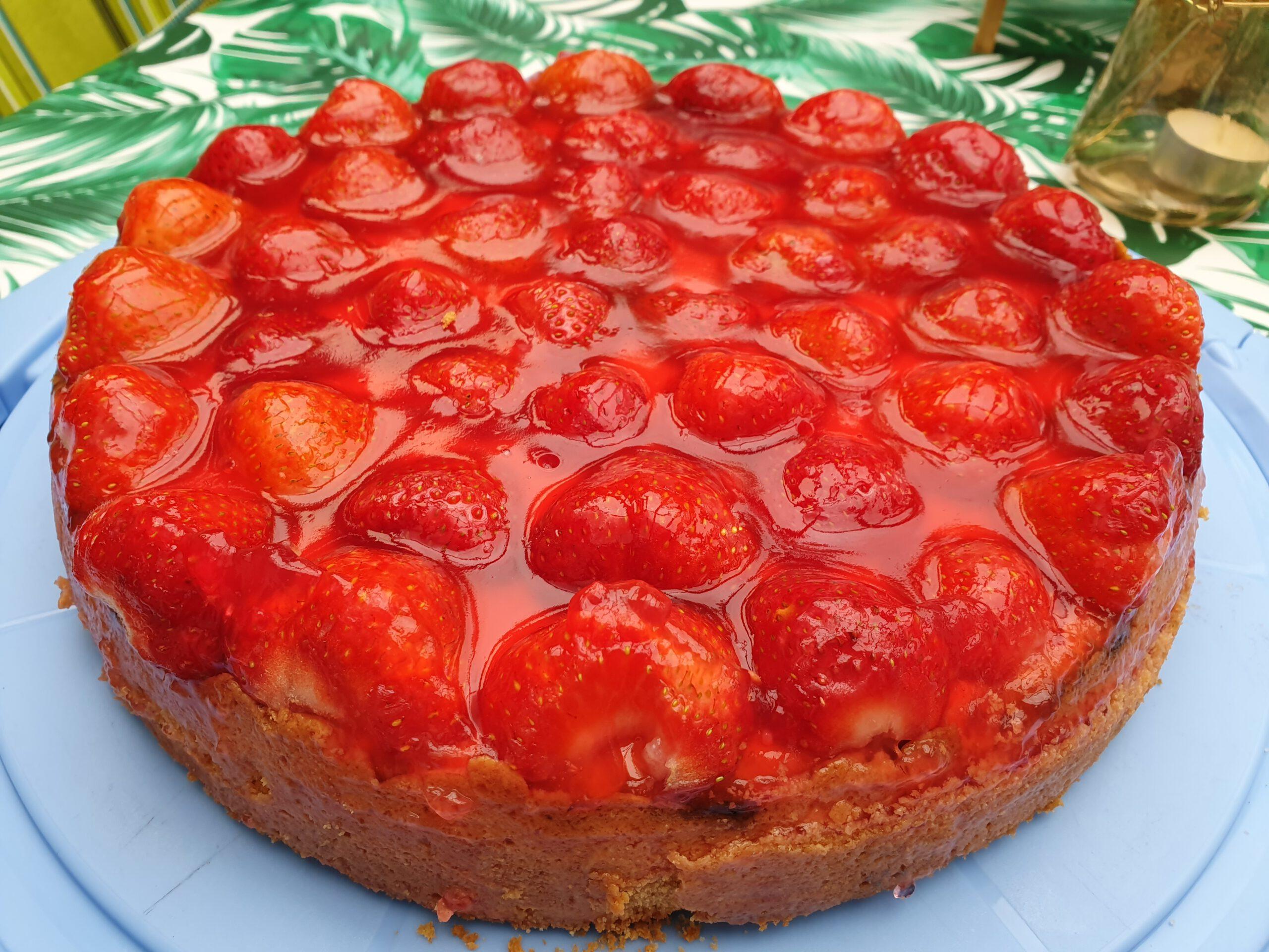 Rezept – Käsekuchen mit Erdbeeren