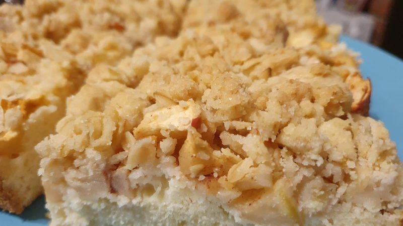 Rezept – Apfelkuchen mit Haferflockenstreuseln