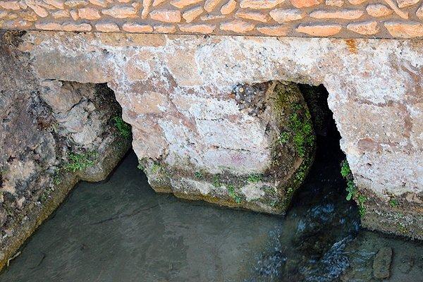 Canales de la Compuerta Real de Ruidera