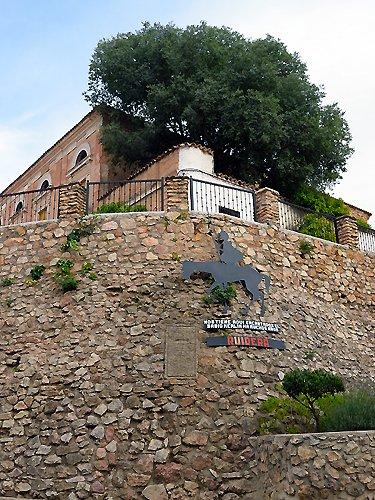 Casa del Rey y escudo real de Ruidera