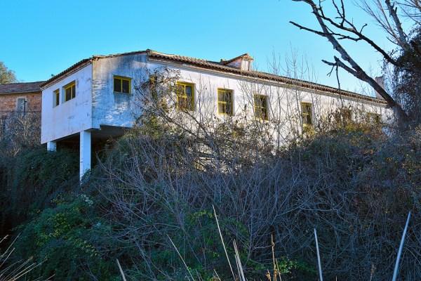 Casas de operarios de la central hidroeléctrica de Ruipérez