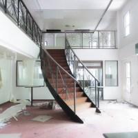 バブル期の遺構として代表格:ホテルキャデラックハウス(山梨県北杜市)