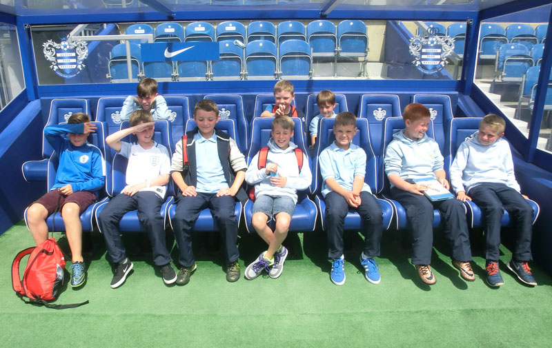 AC Northerners and FC Mantes enjoy a day of football activities