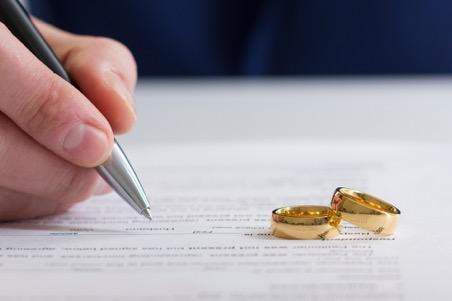como-gestionar-contratos-vivienda-divorcio