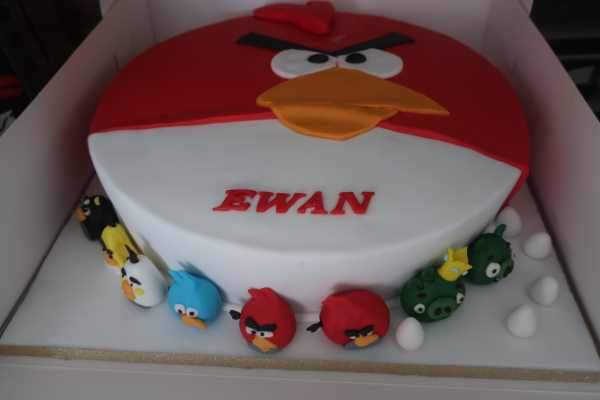 Ewan's Angry Bird 4th Birthday Cake