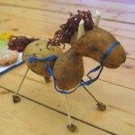 Лошадка из картофеля