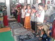 Kegiatan Belajar Sholat di Rumah Cerdas Islami (1)