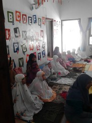 Kegiatan Belajar Sholat di Rumah Cerdas Islami (45)