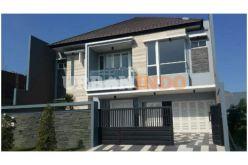 30-desain-rumah-minimalis-2-lantai-modern-2