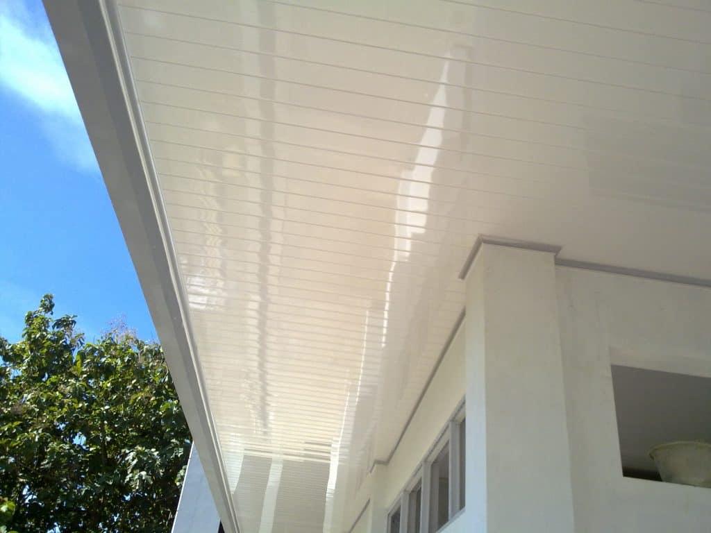 11 Kelebihan dan Kekurangan Plafon PVC  RumahLiacom