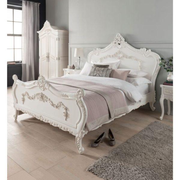 Tempat Tidur Ukir Mewah Duco