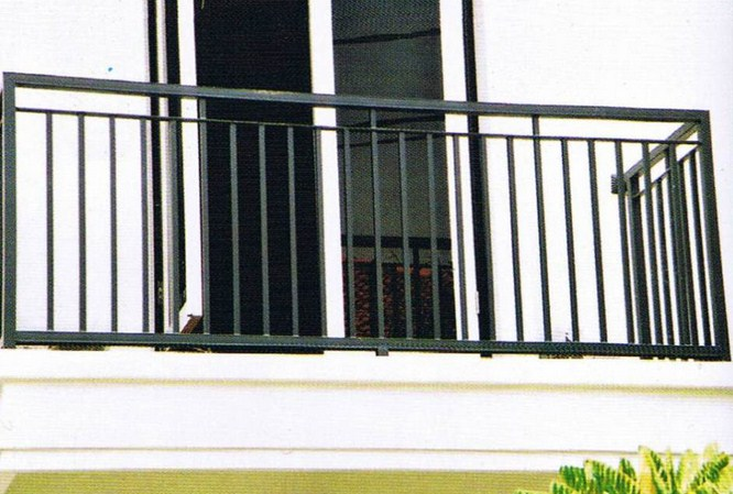 Pagar Balkon Minimalis Lantai 2  Balkon Minimalis 2542