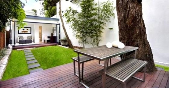 Taman rumah minimalis dengan meja 1 - 15 Contoh Desain Taman Rumah Minimalis Modern Terbaru 2018
