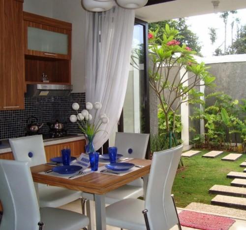 Desain Dapur Minimalis Terbuka Dekat Taman Belakang Rumah 1 - Inspirasi Taman di Belakang dan di Dalam Rumah Minimalis