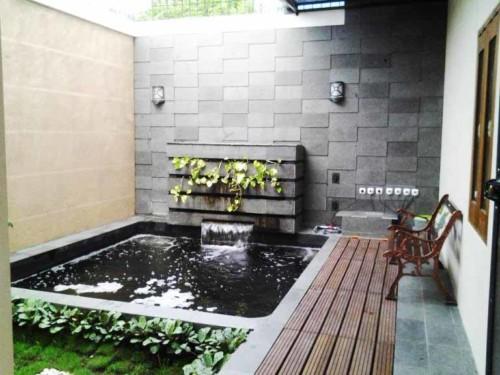 Kolam Ikan Kecil di Teras Depan Rumah 13 - 30 Desain Kolam Ikan Minimalis Kecil di Halaman Rumah