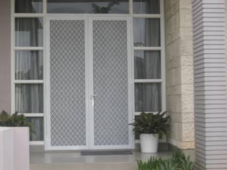 Kusen Pintu Aluminium Minimalis 5 - Tips Memilih Pintu Rumah Minimalis & 50++ Contoh Desain.