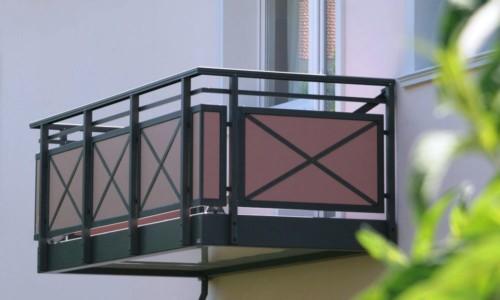Model Balkon Minimalis Modern Lantai 2 11 - 15 Model Balkon Minimalis Modern Lantai 2 di Rumah Tingkat