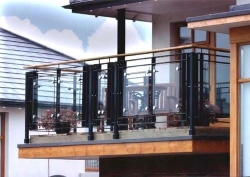 Pagar Balkon Minimalis - 15 Model Balkon Minimalis Modern Lantai 2 di Rumah Tingkat