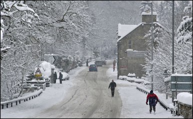 A702-road-snow-2009_2