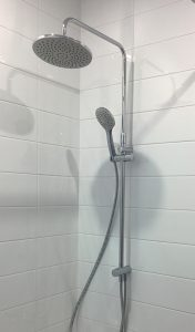 Masturbation with a spray gun for the shower