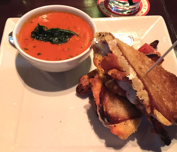 Grilled-Cheese-with-Tomato-Bisqu